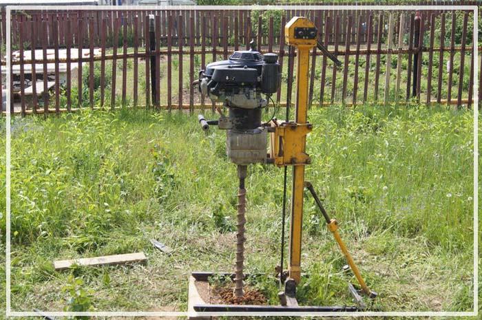 установка для бурения абиссинского колодца