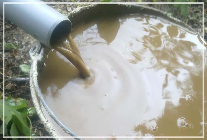 вода из скважины желтеет при кипячении
