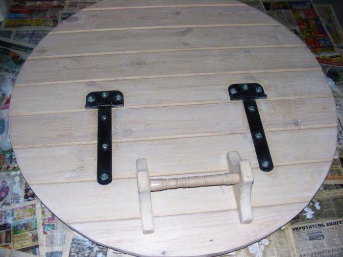 крышка для колодца с откидной половиной