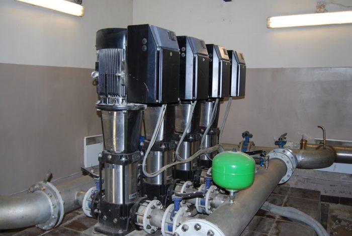 обслуживание повысительных насосов водоснабжения