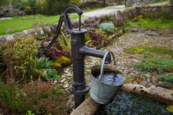 почему насос не качает воду