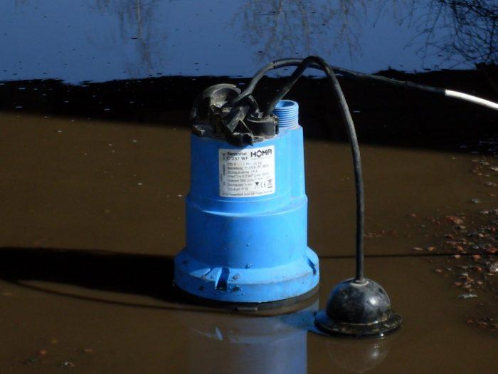 насос для откачки воды из подвала