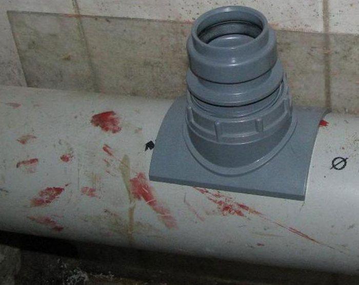 врезка в канализацию
