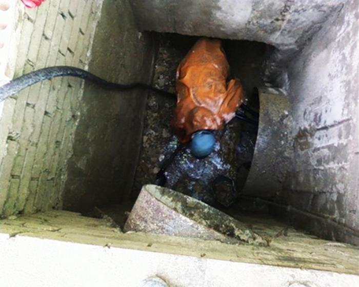 самостоятельное удаление стоков канализации