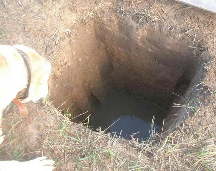 не уходит вода из выгребной ямы