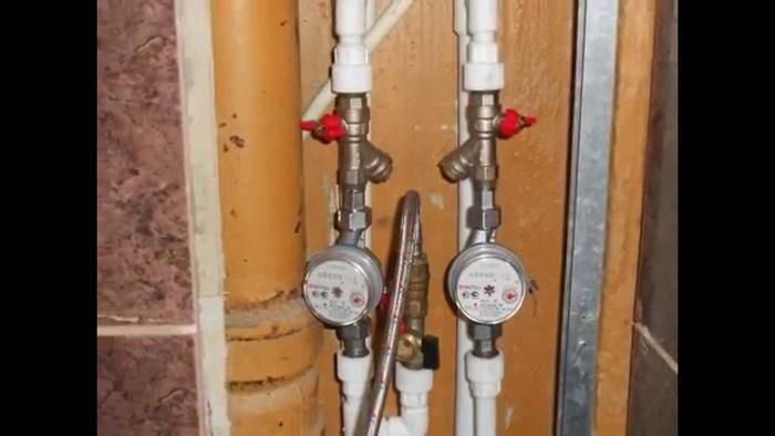 установка счетчиков воды вертикально