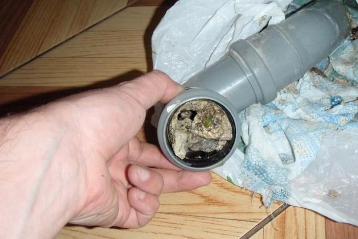 Из раковины пахнет канализацией что делать