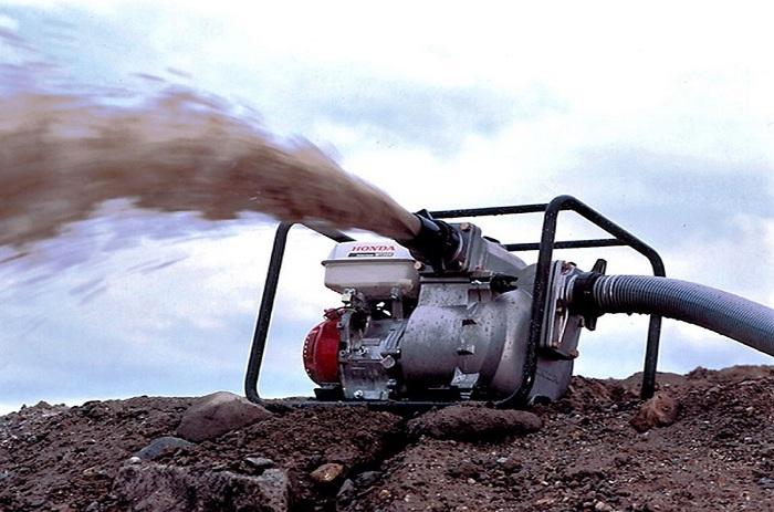 помпа бензиновая для откачки воды