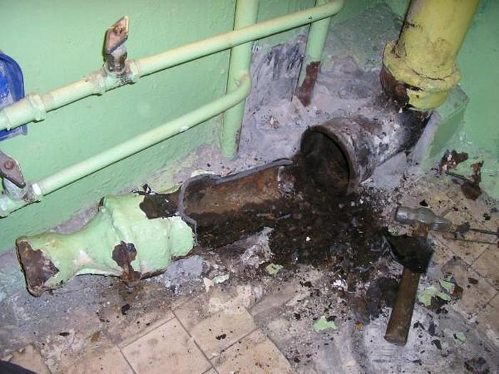 Переход с чугунной трубы на пластиковую канализация