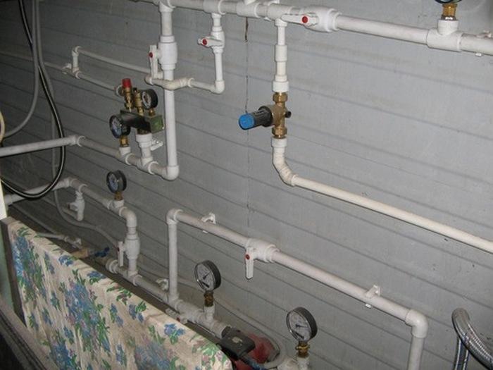 водоснабжение в ванной