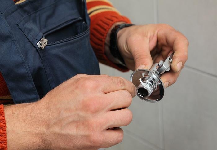 лента для герметизации труб