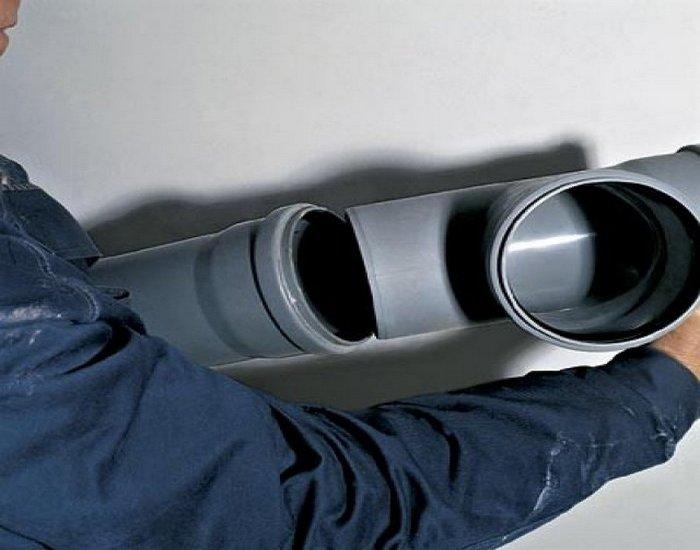 установка канализационных труб своими руками