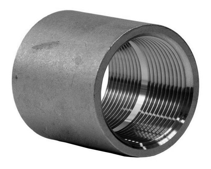 металлические трубы с резьбой
