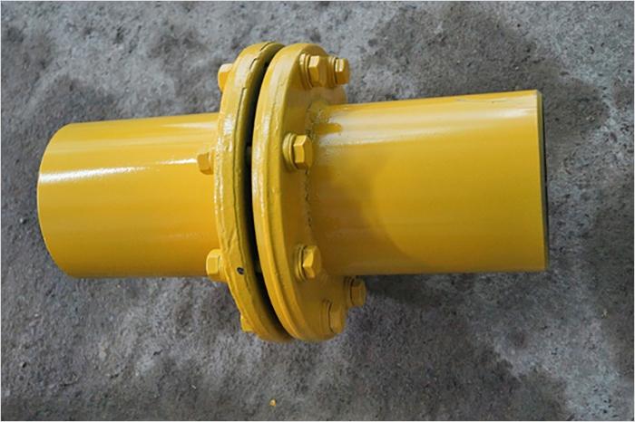 соединение металлических труб резьбой