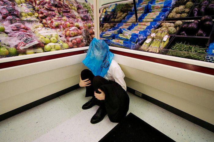 как супермаркеты заставляют вас покупать