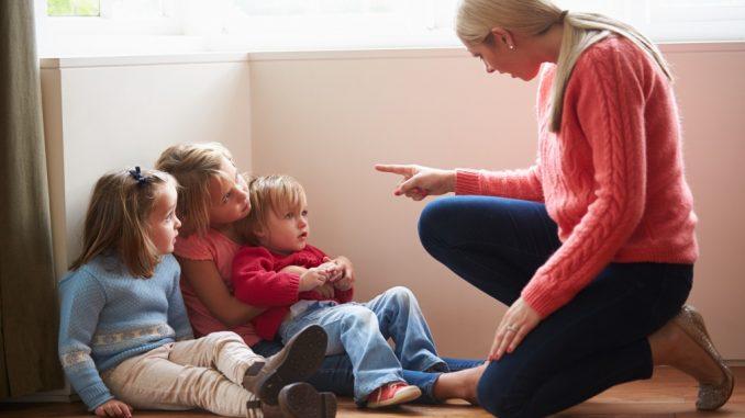 что нельзя говорить детям