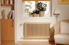 радиатор отопления под окном
