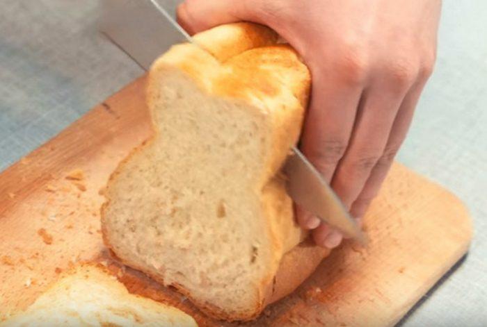 как правильно резать хлеб?