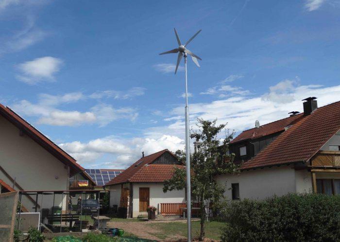 ветряная мельница с ветрогенератором