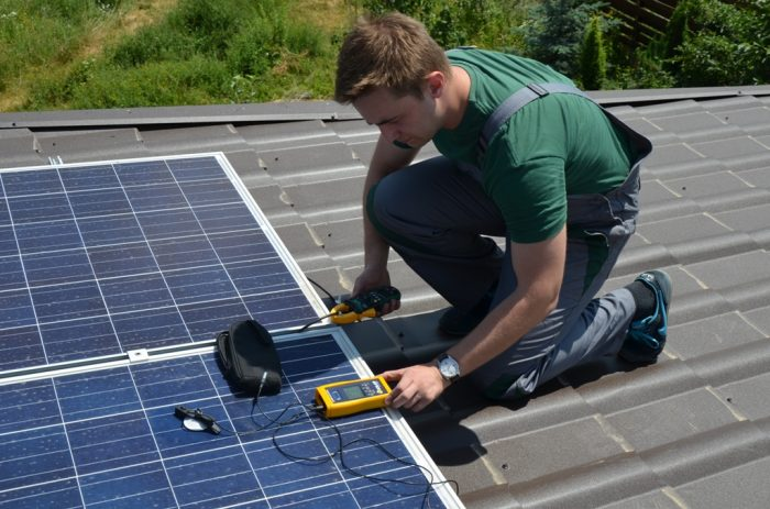 установка электростанции на солнечных батареях