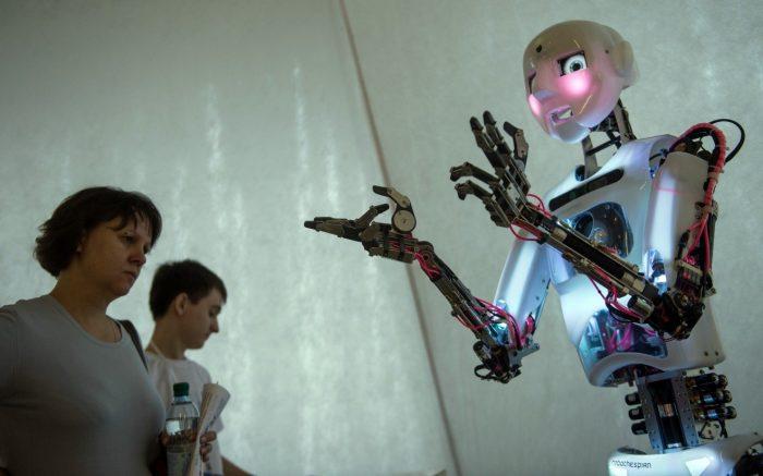 робот заменит человека