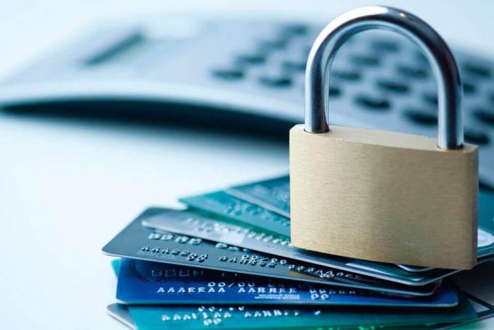 блокировка банковских переводов