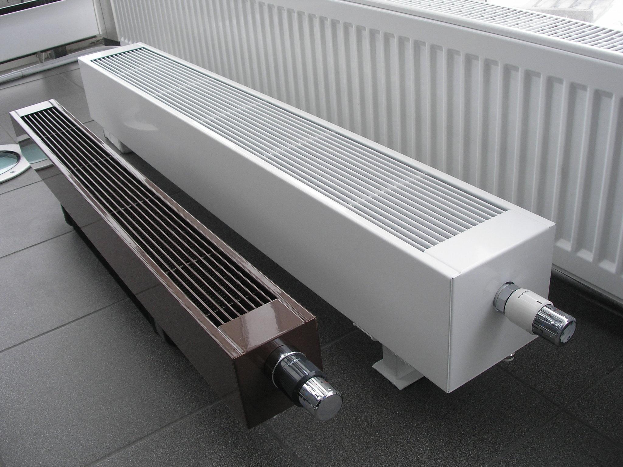 конвекторы радиаторы отопления фото руку