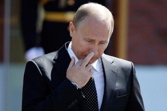 путин разрешил не платить кредиты