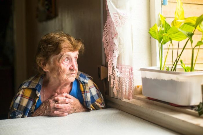 как перейти на пенсию супруга