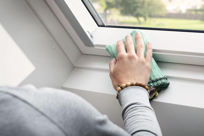 Как отмыть пластиковые окна и подоконник