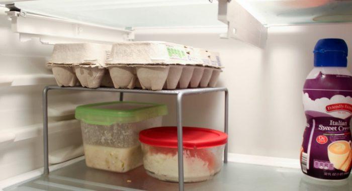 Дополнительная полочка в холодильнике