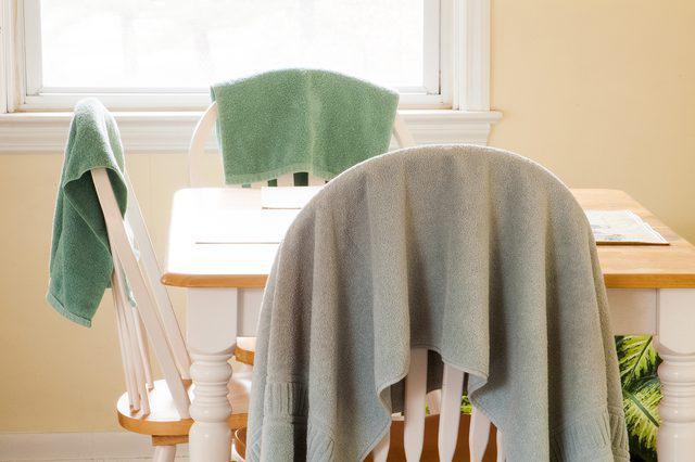 мокрые полотенца от запаха дыма