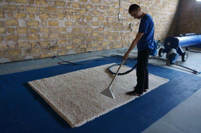 чистим ковролин в домашних условиях
