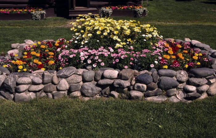 забор из природного камня
