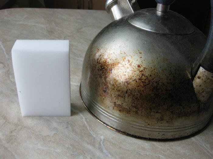 Чистка меламиновой губкой нержавеющей стали