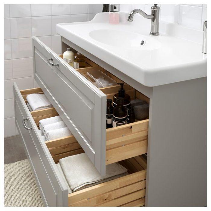 отсеки для хранения в ванной
