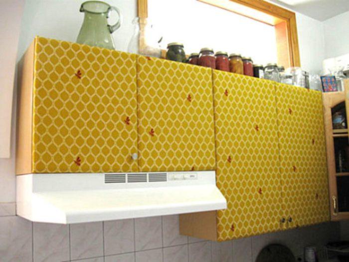 Как обклеить фасад кухни пленкой