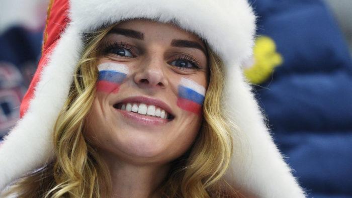 русские редко улыбаются