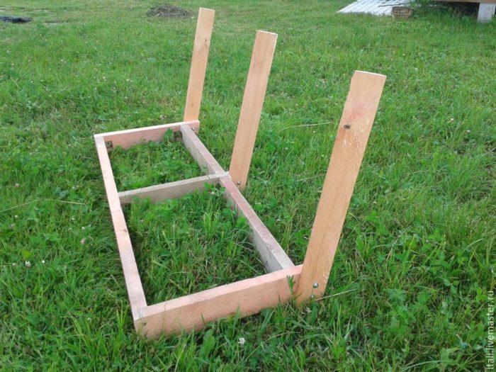 скамейка для деревянной качели