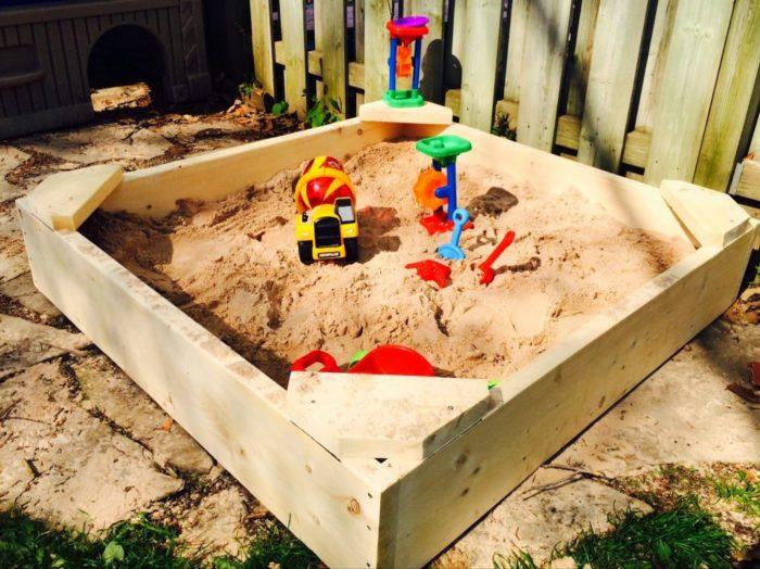 детская песочница на даче