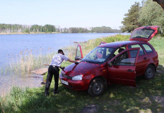 Запрет на мытье автомобиля у водоемов