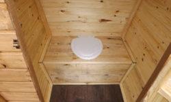 внутренняя отделка дачного туалета