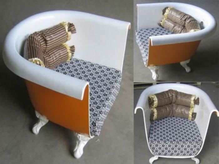 Кресла из старой чугунной ванны
