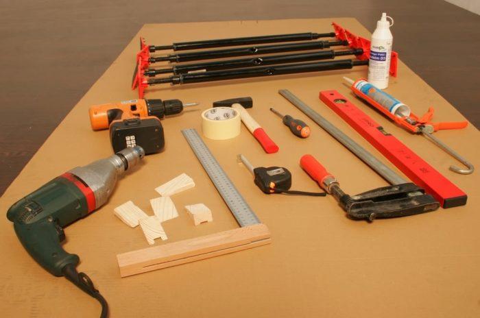 инструменты для обновления дверей