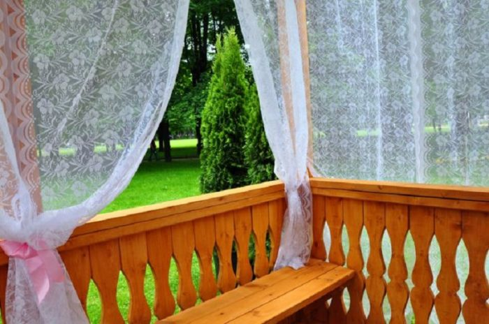 Москитная сетка от комаров на даче из старого тюля