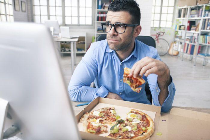 не еште на рабочем месте
