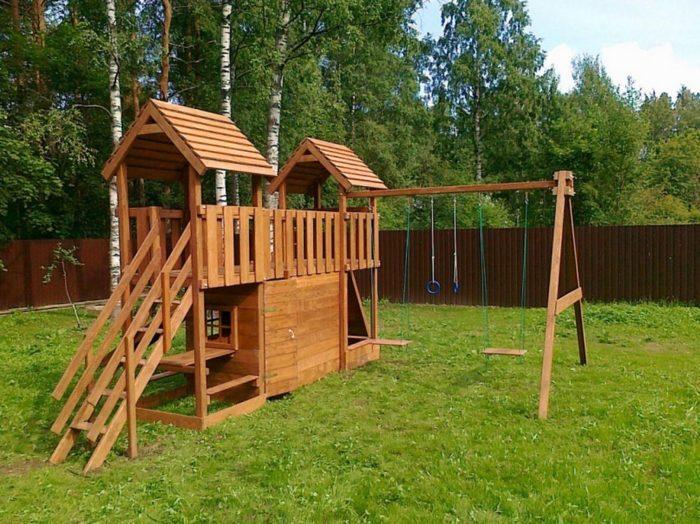 детская площадка на даче из дерева