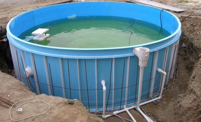Установка пластикового бассейна