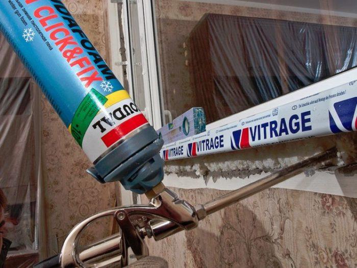 заполнение щелей в окнах монтажной пеной