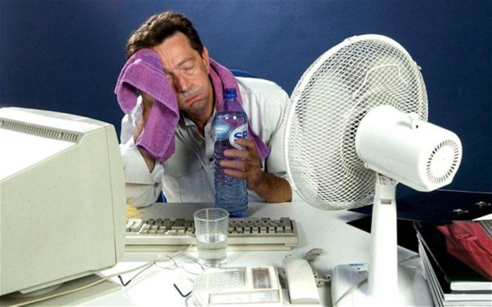 спасаемся от жары в квартире